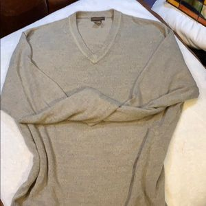 NWOT SOFTER THAN CASHMERE DOCKERS V NECK SWEATER